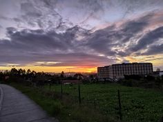 Celestial, Sunset, Outdoor, Professional Photography, Outdoors, Sunsets, Outdoor Games, The Great Outdoors, The Sunset
