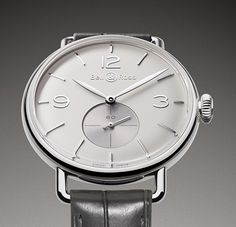This new version shimmers with opalescent reflections Bell & Ross the new Vintage WW1 Argentium Opaline Dial (PR/Pics http://watchmobile7.com/data/News/2013/08/130821-bell_and_ross-vintage_ww1_argentium_opalin_dial.html) (2/4) #watches #bellandross @Christabelle Clip Lavarro C & Ross