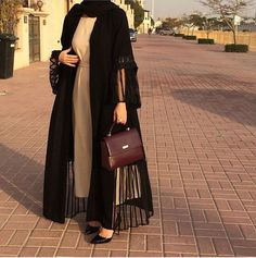 Modesty Fashion, Abaya Fashion, Muslim Fashion, Fashion Outfits, Hijab Mode, Mode Abaya, Mode Kimono, Breastfeeding Fashion, Iranian Women Fashion
