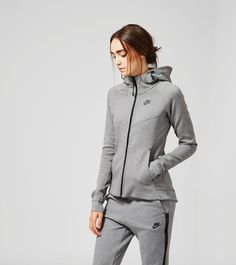 Nike Tech Fleece Zip Hoody - find out more on our site. Find the freshest in trainers and clothing online now. Sporty Outfits, Fashion Outfits, Fashion Wear, Mein Style, Grey Nikes, Sport Wear, Minimal Fashion, Zip Hoodie, Nike Tech Fleece Hoodie