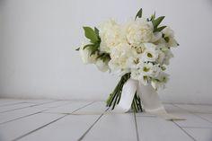 Flores brancas de todos os tipo.