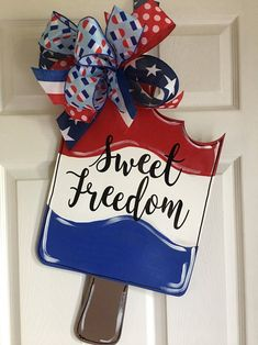 This item is unavailable Fourth Of July Decor, 4th Of July Decorations, July 4th, Wooden Door Signs, Wooden Doors, Wood Signs, Patriotic Crafts, July Crafts, Patriotic Wreath