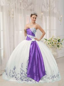 White and Purple Sweetheart Floor-length Quinceanera Dress in Organza
