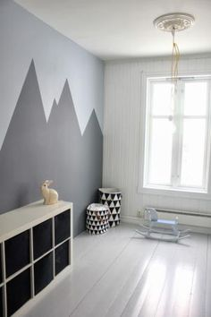 6 Can't-Miss Mountain Murals for the Nursery: Great Chalky Mountains