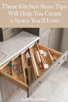 Smart Kitchen, Diy Kitchen Storage, Smart Storage, Kitchen Hacks, Kitchen Organization Tips, Kitchen Countertop Organization, Countertop Makeover, Kitchen Size, Kitchen Storage Solutions