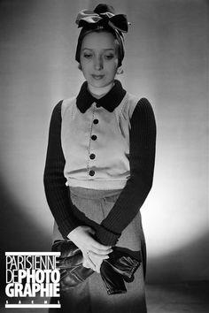 Modèle Molyneux. Equipement de ski. Paris, décembre 1936. Molyneux, Paris Ville, 1930s Fashion, Photos Du, Images, Vest, Collection, Jackets, Dresses