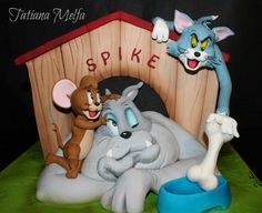 OMG Tom and Jerry cake soo cute! Tom And Jerry Cake, Tom E Jerry, Tom And Jerry Cartoon, Crazy Cakes, Fancy Cakes, Unique Cakes, Creative Cakes, Beautiful Cakes, Amazing Cakes