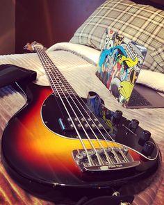Reposting @edgar_solorzano: Study time with an old friend of mine @music_man @musicmanbasses #Musicman #stingray5 #bass #bassist