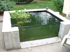 Diy Water Fountain, Water Pond, Solar Water, Homemade Water Fountains, Outdoor Fish Tank, Above Ground Pond, Pond Design, Fountain Design, Ponds Backyard