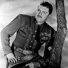 José Alfredo Jiménez Sandoval (Dolores Hidalgo, Guanajuato, México, 19 de enero de 1926 - Ciudad de México, 23 de noviembre de 1973) fue un cantante y compositor mexicano. Es considerado el mejor cantautor de música ranchera de todos los tiempos.