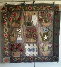 Les fleurs en pot par Chipie. Les sacs, pochettes et accessoires de Chipie. Couture, broderie, patchwork,...
