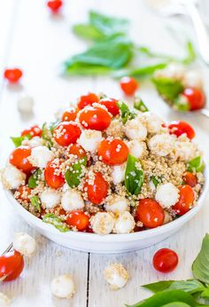 Tomato, Mozzarella & Basil Quinoa Salad (GF) - Trying to keep meals healthier & lighter? Make this easy, refreshing & satisfying salad! Recipe by @Averie Sunshine {Averie Cooks}
