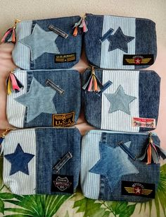 Denim Scraps, Coin Purse Tutorial, Jean Crafts, Recycle Jeans, Denim Bag, Handmade Bags, Small Bags, Purse Wallet, Purses And Bags