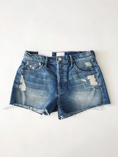 love these jean shorts