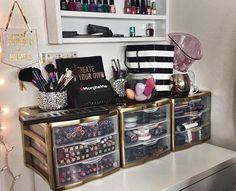 "74 Likes, 12 Comments - Thalia WalkerMakeup Artist (@thaliaseyecandy) on Instagram: ""Reorganizing my foolery! I sprayed painted my sterilite drawers using krylon Foil metallic Gold.…"""