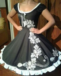Dance Outfits, Dance Dresses, Girls Dresses, Cute Outfits, Rockabilly Fashion, Free Pattern, Vintage Outfits, Short Sleeve Dresses, Formal