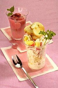 Celerový salát s krabím masem Pudding, Fitness, Desserts, Food, Tailgate Desserts, Deserts, Custard Pudding, Essen, Puddings