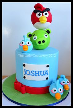 Angry Birds Cake by TheLittleCupcakery, via Flickr
