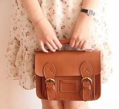Image of Vintage Classic Satchel - Handmade Genuine Leather Women's Small Satchel Handbag Messenger Bag Messenger Bag Backpack, Leather Satchel Handbags, Satchel Bag, Leather Bags Handmade, Vintage Leather, Purses And Bags, Closet Basics, Classic, Michael Kors