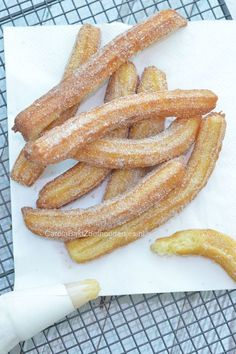 Delicious Churros Recipes Online is under construction Delicious Desserts, Yummy Food, Snack Recipes, Dessert Recipes, Pumpkin Recipes, High Tea, Food Inspiration, Love Food, Food Porn