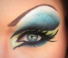 drag queen eye