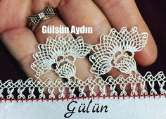 Filet Crochet, Crochet Doilies, Crafts To Make, Diy Crafts, Needle Lace, Jewelry Making, How To Make, Crochet Crafts, Needlepoint
