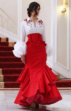 Colección 2013 por Cañavate by phyllis Flamenco Costume, Flamenco Skirt, Flamenco Dancers, Flamenco Dresses, Spanish Dancer Costume, Spanish Dress Flamenco, Estilo Glamour, Spanish Fashion, Spanish Style