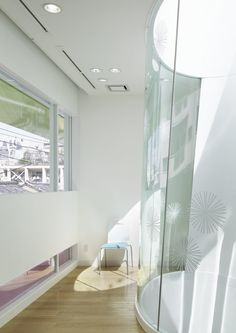 Sugamo Shinkin Bank, Shimura Branch,© Nacasa & Partners Inc.