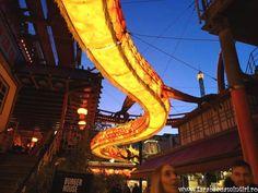 PARCUL TIVOLI, DISTRACȚIE DANEZĂ PENTRU COPII ȘI PĂRINȚI Frappe, Ferris Wheel, Walt Disney, Fair Grounds, Travel, Park, Viajes, Traveling, Trips