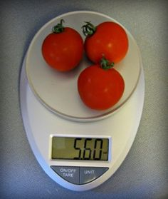 It is simple to use — just push the ON/OFF button and select your unit of measurement (if you hadn't already) and you're ready to weigh your food. You even weigh up to 11lbs!