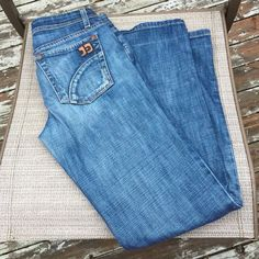 "Joe's Jeans Provocateur in Harvey, size 26/29""30 Premium vintage denim, great condition, worn twice, boot cut, low rise. Joe's Jeans Jeans Boot Cut"
