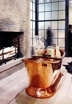 This is probably the prettiest copper tub I've seen. No doubt it's a bajillion dollars Interior Design Shows, Interior Decorating, Decorating Ideas, Decor Ideas, Romantic Bathtubs, Copper Bath, Space Interiors, Best Bath, Luxury Decor