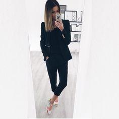 Bloggerin bluejeans whiteshirt with munda:rt Style LAX