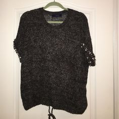 Lumiere top Knit short sleeve sweater. Great to dress up or dress down. Lumiere  Sweaters