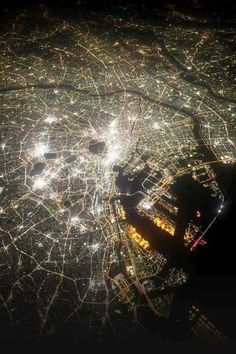 I have been living mostly in Tokyo for about 12 years. This is how Tokyo city looks at night from a helicopter. currently about 12 million people live in the city. Tokyo City, Tokyo Japan, Japan Sakura, Tokyo Streets, City Photography, Aerial Photography, Foto Poster, Tokyo Night, Earth From Space