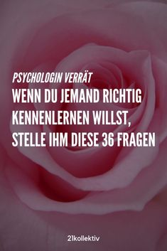 36 Fragen, die für Liebe sorgen Now discover the 36 questions that provide love and intimacy – within minutes ! Love Your Enemies, Psychology Facts, Forensic Psychology, Body And Soul, Good To Know, Life Hacks, Self, Mindfulness, Wisdom