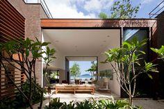 Arthur Casa's Beachside Villa, Sao Paulo, Brazil  (what an amazing layout)