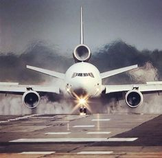 AviationPhotos - The power of a MD-11
