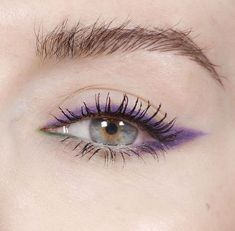5 Best Summer 2019 Makeup Trends You Need To know. 5 Best Summer 2019 Makeup Trends You Need To know. Pretty Eye Makeup, Colorful Eye Makeup, Natural Eye Makeup, Cute Makeup, Smokey Eye Makeup, Pretty Eyes, Skin Makeup, Subtle Eye Makeup, Gorgeous Makeup