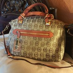 Authentic  Michael  Kors Trade value  higher KORS Michael Kors Bags