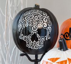 Sugar Skull Pumpkin Sugar skulls bring an extra level of elegance to your Halloween decor and this image is soo impressive when cut out. This projects uses the Cricut® Sugar Skull digital image available in the Cricut® subscription. xoxo, Anna Rose DIY, created with a Cricut Expolore, creative cards, personal touch, handmade