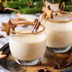 Christmas cocktail: simple recipe with eggnog, milk & cinnamon – recipes – bildderfrau.de Christmas cocktail: simple recipe with eggnog, milk & cinnamon – recipes – bildderfrau. Ponche Navideno, Masterchef, Eggnog Recipe, Cinnamon Recipes, Winter Drinks, Christmas Cocktails, Vegetable Drinks, Cocktail Recipes, Rum Cocktails