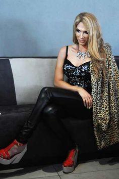 People Magazine | Location Fashion People Magazine, Suzy, Leather Pants, Fashion, Leather Jogger Pants, Moda, Fashion Styles, Lederhosen, Leather Leggings