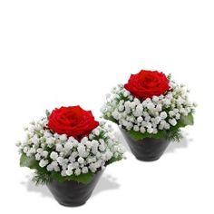 Designs For Garden Flower Beds Roses Du Fleuristebrroses Duo Flamenco Valentine Flower Arrangements, Rose Flower Arrangements, Valentines Flowers, Grave Flowers, Funeral Flowers, Flower Box Gift, Beautiful Rose Flowers, Deco Floral, Flower Decorations