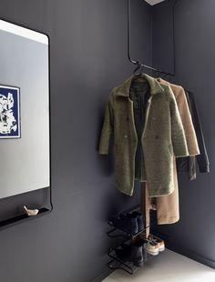 Fra gammel stall til særpreget endeleilighet Bob Short, Home Deco, Fur Coat, Hollywood, Couture, Elegant, Fashion, Linen Bedding, Dream Pools