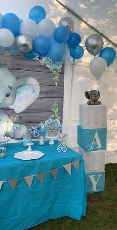 Babyshower Elephant Theme, Elephant Baby Shower Decor, Baby Shower For Boys, Baby Shower Cupcakes For Boy, Elephant Baby Shower Centerpieces, Elephant Baby Boy, Elephant Cakes, Elephant Party, Baby Shower Brunch