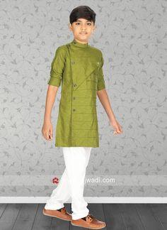 Attractive Kurta Pajama For Boys Gents Kurta Design, Boys Kurta Design, Kids Kurta, Layered Kurta, Boy Fashion, Ethnic Fashion, Nehru Jackets, Designs For Dresses, Boys Pajamas