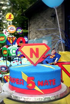 Cake from a Superhero Party #superhero #party