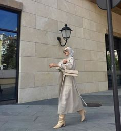 146 trendy skirt pleated outfits modest fashion – page 1 Modest Fashion Hijab, Modern Hijab Fashion, Street Hijab Fashion, Hijab Fashion Inspiration, Muslim Fashion, Mode Inspiration, 80s Fashion, Fashion Muslimah, Frock Fashion