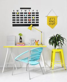 Home office decor ideas that will amazing inspirations 39 ⋆ Main Dekor Network Home Office Design, Home Office Decor, Diy Home Decor, Room Decor, Chalkboard Wall Calendars, Diy Chalkboard, Tape Wall, I Spy Diy, Inspiration Wall